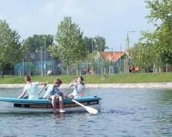 Két evezőcsapásra a békakirálytól, azaz kipróbáltuk a fehérvári csónakázótavat