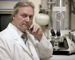 DR. FREUND TAMÁS agykutató előadása