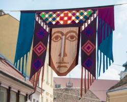 Zászlófesztivál - utcai művészzászló-kiállítás