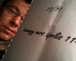 11/11 -azaz 11 vers a Költészet Napján Somos Ákos előadásában