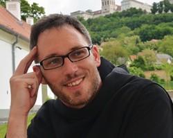 Dr. Dejcsics Konrád bencés atya előadása