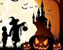 Szellemes történetek Halloween-re készülve
