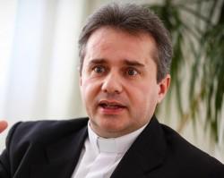 Dr. Papp Miklós atya előadása