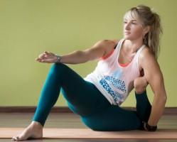 Haladó csípő mobilizáló jóga foglalkozás