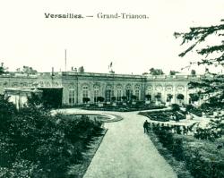 Trianon képeslapokon