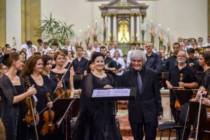 Donne Sante - Boross Csilla és az Alba Regia Szimfonikus Zenekar hangversenye